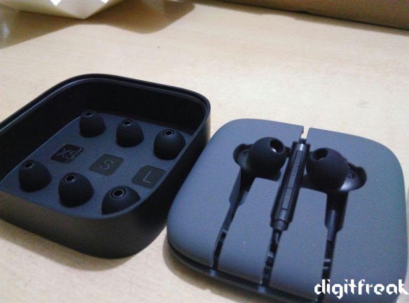 mi headphone review package